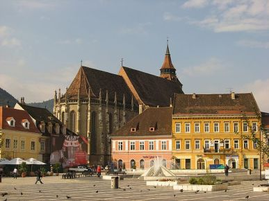 2239poza1Romania_Brasov_Sfatului_square_Black_church