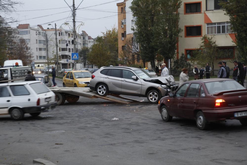 Astăzi 12/11/2014 accident în Mun. Râmnicu Sărat (6/6)