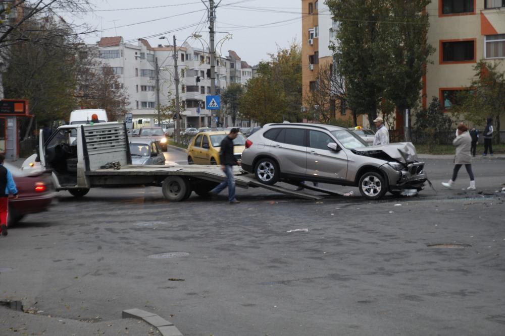 Astăzi 12/11/2014 accident în Mun. Râmnicu Sărat (1/6)