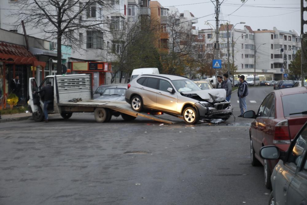 Astăzi 12/11/2014 accident în Mun. Râmnicu Sărat (5/6)