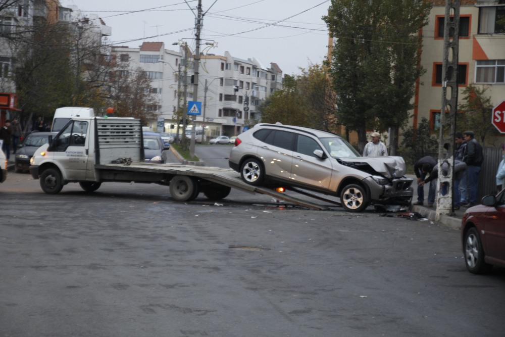 Astăzi 12/11/2014 accident în Mun. Râmnicu Sărat (3/6)